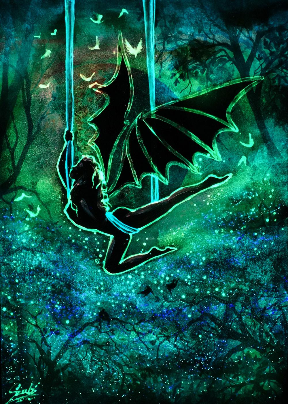 Moonlight shadow (Glowing) - Vivien Szaniszlo
